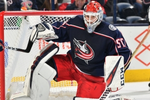 Report: Bobrovsky took off equipment early after being pulled