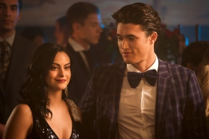Riverdale's Charles Melton discusses that Reggie and Veronica shocker