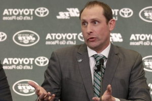 "Adam Gase: Internet, TV is ""pollution of the brain"""