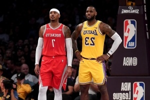 Report: Lakers 'continue to be tied' to Carmelo Anthony