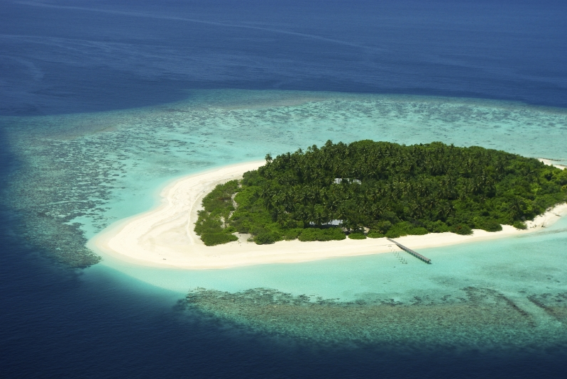 Travel: Maldives issue warning amid spike in tourist