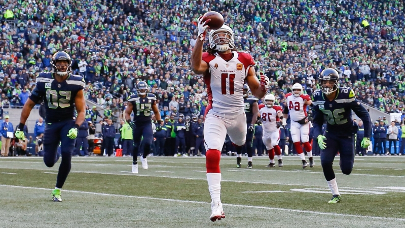 Sport  Arizona Cardinals re-sign Larry Fitzgerald for 2019 season ... a91a7912b