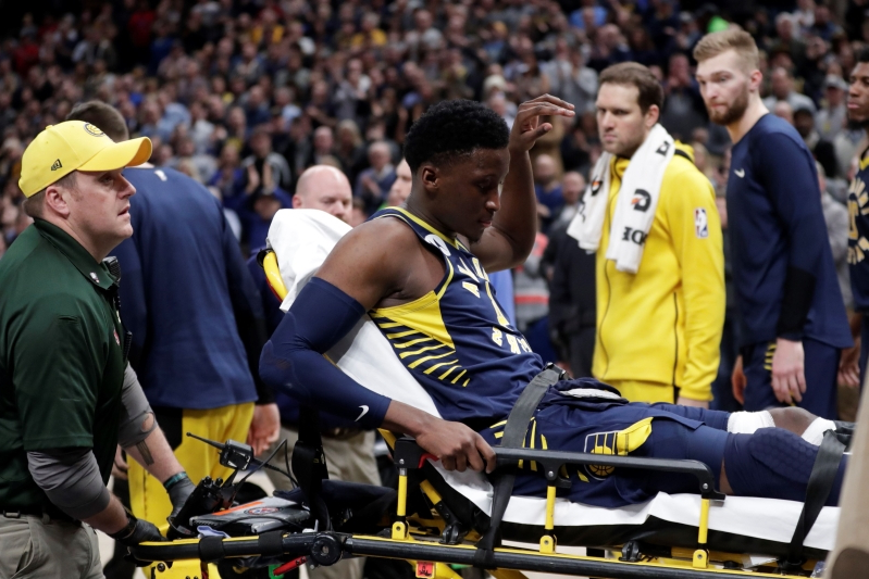 59d3f1b0974 Sport  Pacers lose All-Star Oladipo with apparent leg injury ...