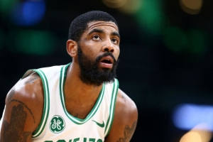 Report: 'Growing belief of uncertainty' Irving re-signs with Celtics