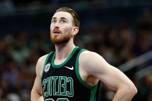 Gordon Hayward heckled by fan during latest rough game