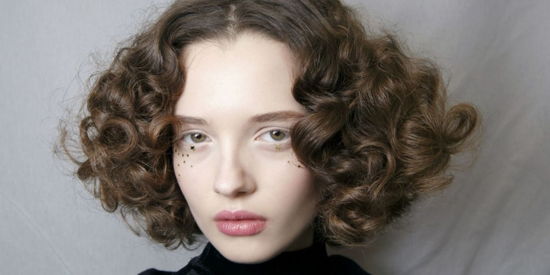 Style 10 Ways To Encourage Your Hair S Natural Curl So You Can