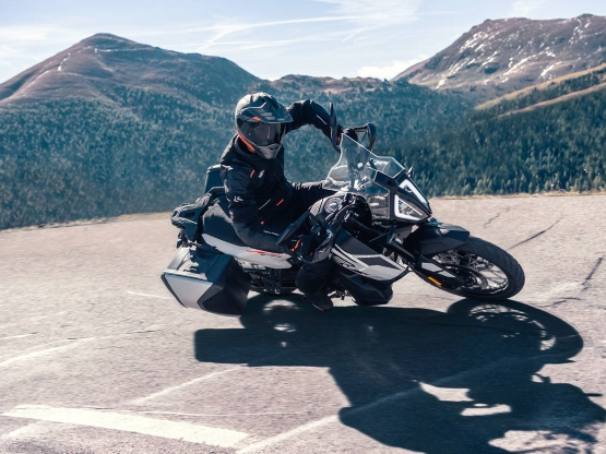 2019 KTM 790 Adventure And 790 Adventure R Price Revealed