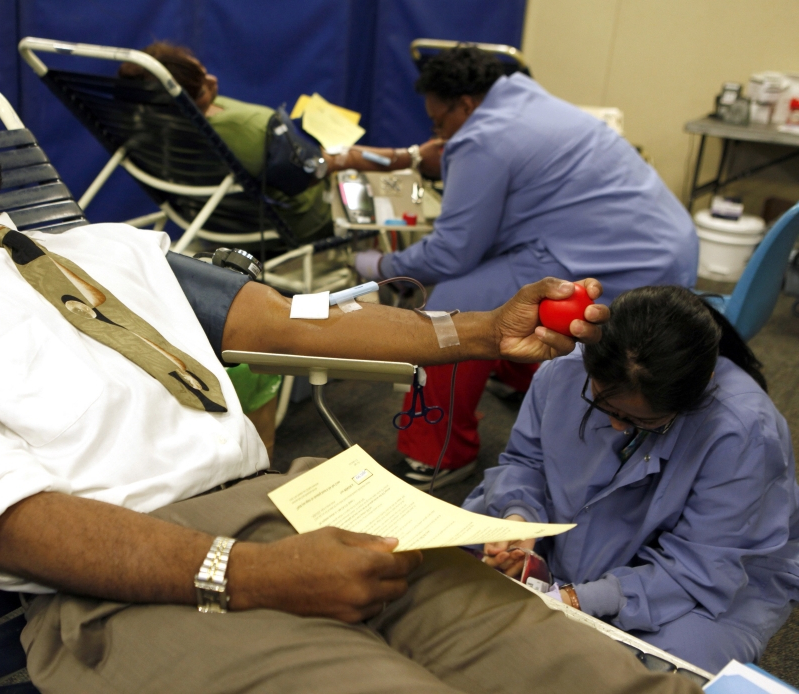 3d580d335d5 US: Red Cross Has 'Emergency Need' For Blood Amid Freezing Cold ...