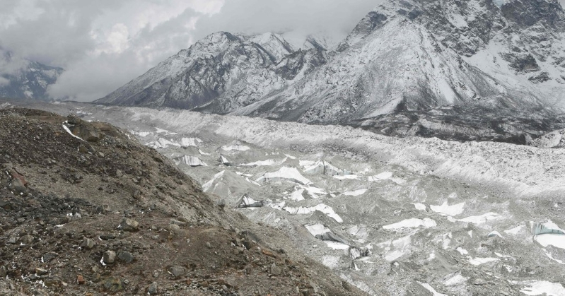 World: Rising Temperatures Could Melt Most Himalayan Glaciers by