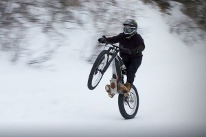 Watch the Two New Electric Harley-Davidson Concepts Get Thrashed in the Snow by Pro Athletes