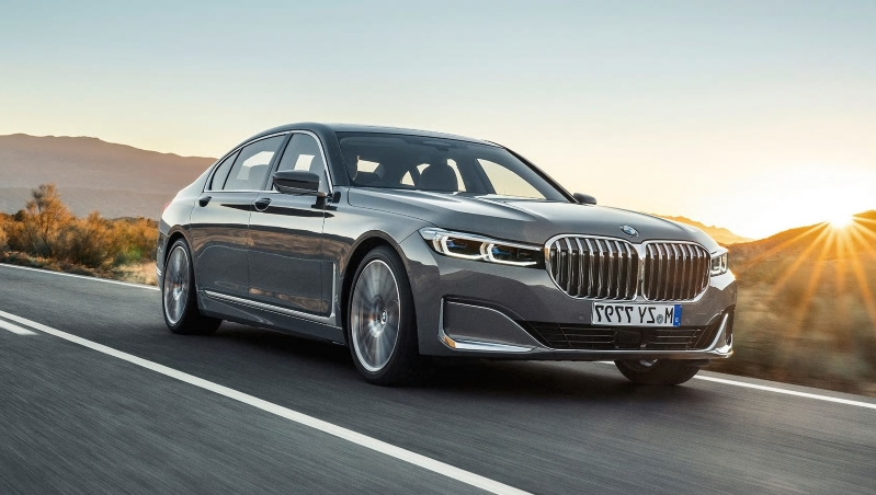 Auto Shows 2020 Bmw 745e Plug In Hybrid First Drive Big Grille