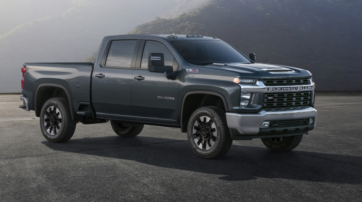 Reviews First Look 2020 Chevrolet Silverado Hd 35 500 Pounds Of