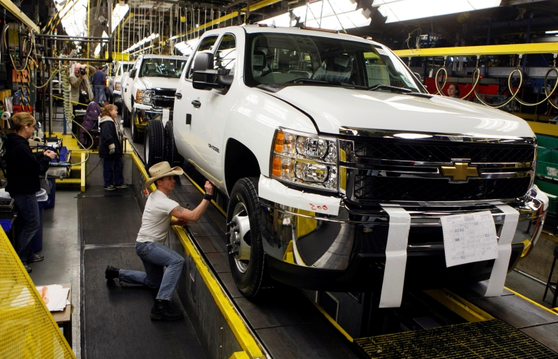GM pickup truck plant in Flint, Michigan, to add 1,000 workers