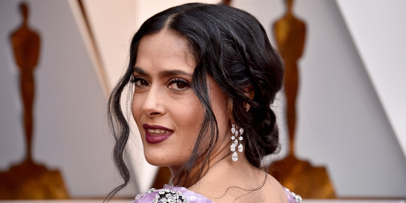 830f5be58b Salma Hayek is 'proud' to show off her 'white' hair — see © Frazer Harrison  HOLLYWOOD ...