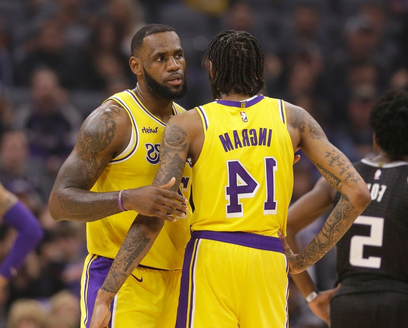 9b16ca7aa253 Pacers fans chant  LeBron s gonna trade you  at Lakers  Brandon Ingram