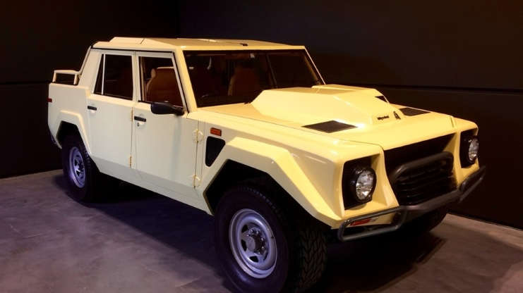 Enthusiasts Find Of The Week 1988 Lamborghini Lm002 Pressfrom