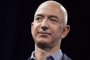 Jeff Bezos accuses National Enquirer parent of 'extortion and blackmail' attempt