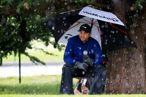 Hailstorm slams Pebble Beach during final round of AT&T Pro-Am