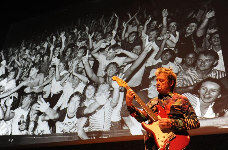 Andy Summers, le guitariste de Police, expose ses photos à Montpellier