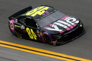 Jimmie Johnson wins rain-shortened Clash at Daytona after contact with Paul Menard