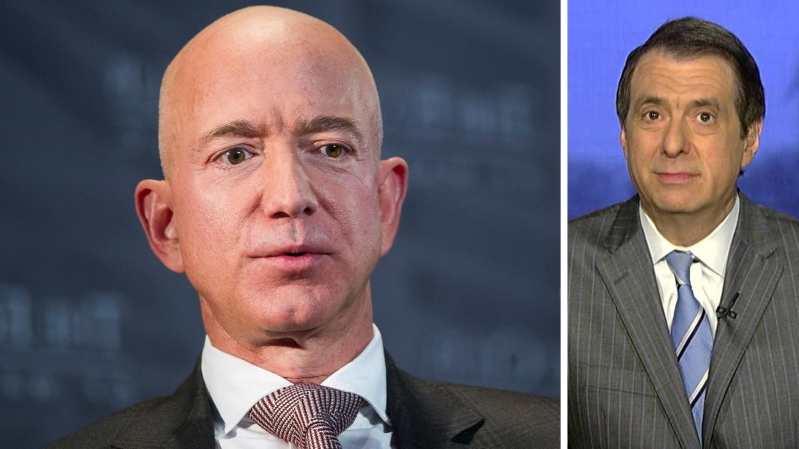 Bezos' girlfriend shared his texts, photos with friends before Enquirer leak