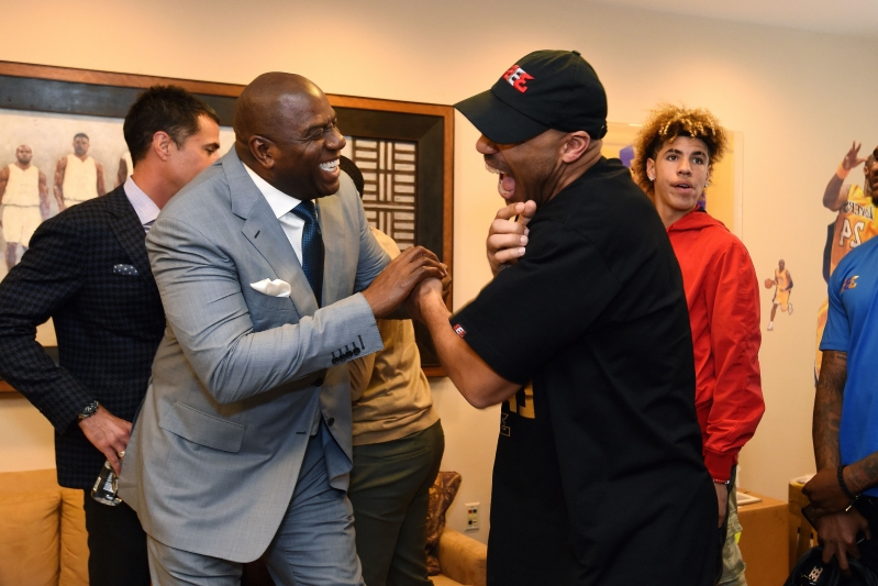 LaVar Ball no longer has relationship with Magic Johnson