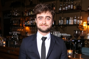 Entertainment Daniel Radcliffe Looks Unrecognizable With Long Hair