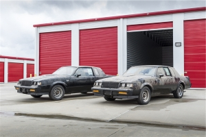 """Twinz"" Barn-Find 1987 Buick Grand Nationals Sell at the 2019 Barrett-Jackson Scottsdale Auction"