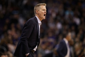 Steve Kerr irate after flagrant foul, ejected late in loss to Trail Blazers