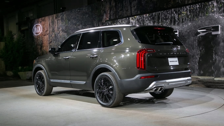 The 2020 Kia Telluride Gets up to 20/26 MPG