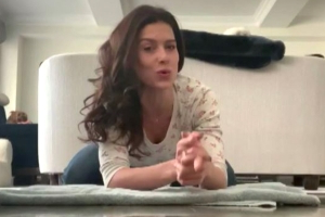 Hilaria Baldwin shares 1 simple stretch to reduce stress