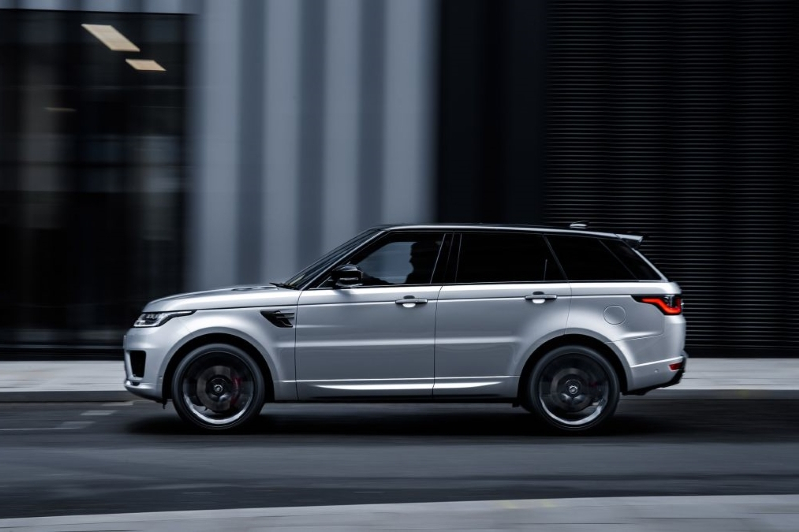 Cars: Range Rover Sport HST revealed with new mild-hybrid