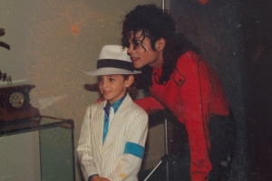 Leaving Neverland trailer reveals HBO's unsettling Michael Jackson documentary