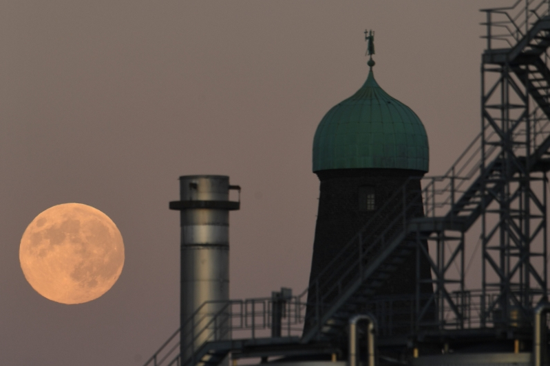 Super snow moon Ireland 2019 set to light up the skies and it's going to be the brightest of the year
