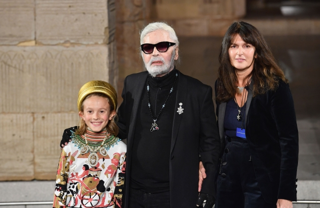 c2236be7922 Karl Lagerfeld dies aged 85 from pancreatic cancer  Victoria Beckham leads  tributes to fashion legend