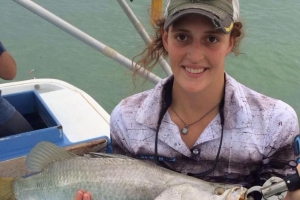 Arnhem Land fisherwoman recounts 'incredibly painful' box jellyfish ordeal
