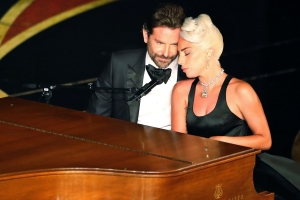 Let's break down Lady Gaga and Bradley Cooper's steamy Oscars performance of 'Shallow,' frame by frame