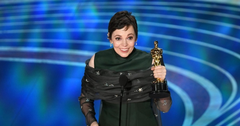 Olivia Colman pulls off stunning upset for Best Actress at 2019 Oscars