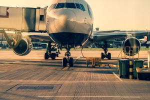 3 Situations When You Should Get an Airline Credit Card
