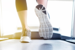 If You're Just Beginning to Walk for Weight Loss, This Is How Many Steps You Should Aim For