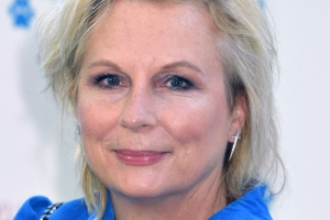 Jennifer Saunders Is Bringing Back Her Mamma Mia! Spoof For Comic Relief