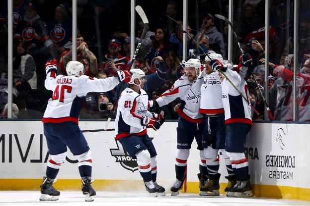 5211ee30151 Sport  Ovechkin scores 45th to set record