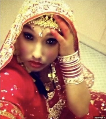 World: Gay Sikh man was forced to dress up as a woman on his