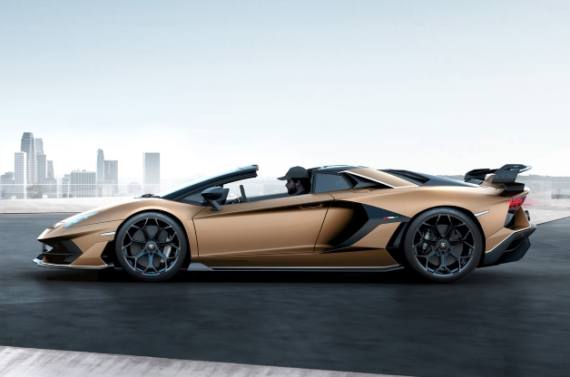 Auto Shows Lamborghini Aventador Svj Roadster Revealed With 759bhp