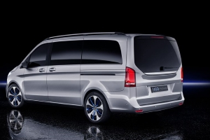 Mercedes-Benz's Concept EQV Hauls up to Eight in All-Electric Style and Comfort