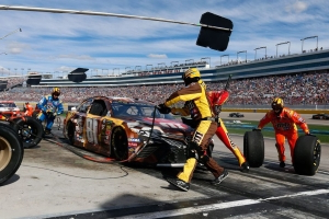 NASCAR America: Turning Point in Las Vegas Cup race