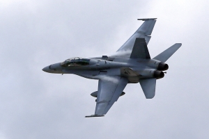 Marine jets collide, land safely at Southern California base