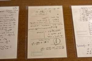 New Einstein manuscripts unveiled