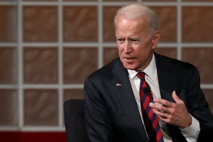 Biden tops Dems pack in Michigan, Sanders second: poll