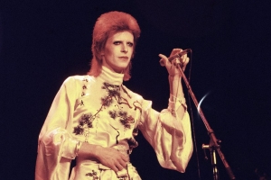 'First' Bowie Starman demo up for auction